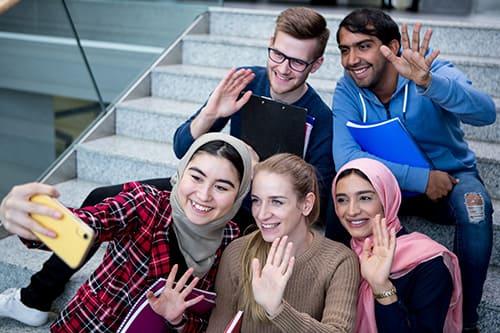 Διαπολιτισμική Εκπαίδευση, Επικοινωνία & Γλώσσα